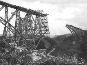 Construction du viaduc du Viaur