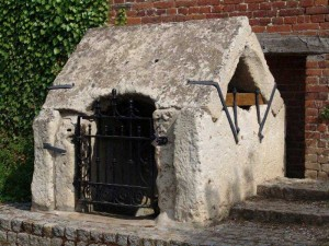 Puits de pierre en Picardie