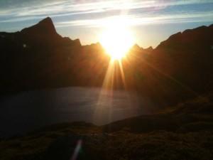une heure du matin au sommet du Munkebu