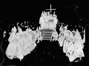 cérémonie d'initiation dans le Ku-Klux-Klan - Sciences et Voyages 1923
