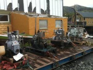 fête à Nyksund : moteurs de bateau anciens