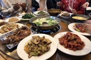 repas chinois dans le Guizhou